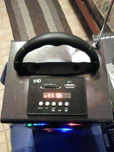 QFX CS-224 Multimedia Box Radio/ REMOTE